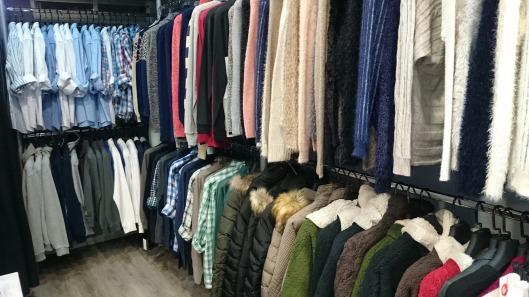 clothing-1150527_1920
